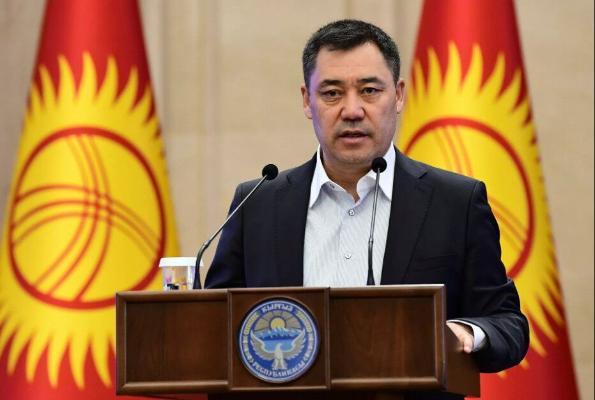 Sadyr Japarow Türkmenistana resmi sapar bilen geler