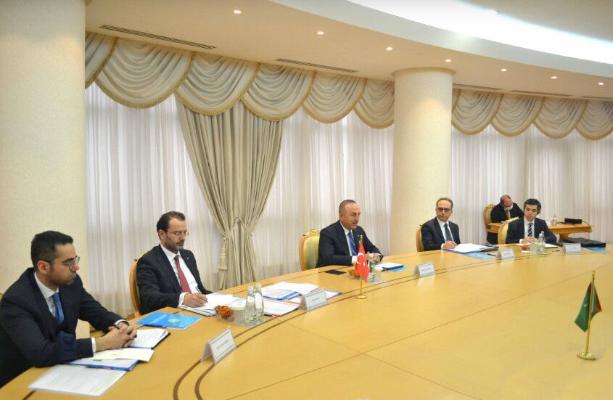 Глава МИД Турции посетил Туркменистан с рабочим визитом