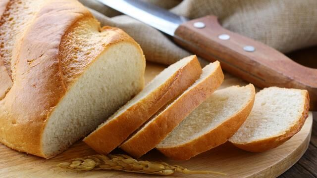 Ученые рассказали об опасности белого хлеба для здоровья