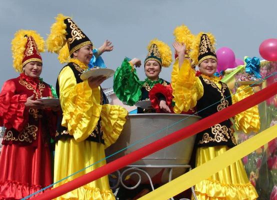 В Казахстане отметили весенний праздник «Көрісу күні»