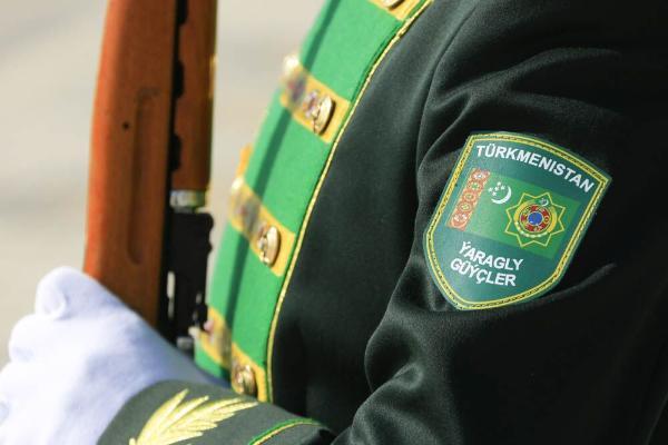 В Туркменистане подписан Указ об увольнении в запас и о призыве на воинскую службу