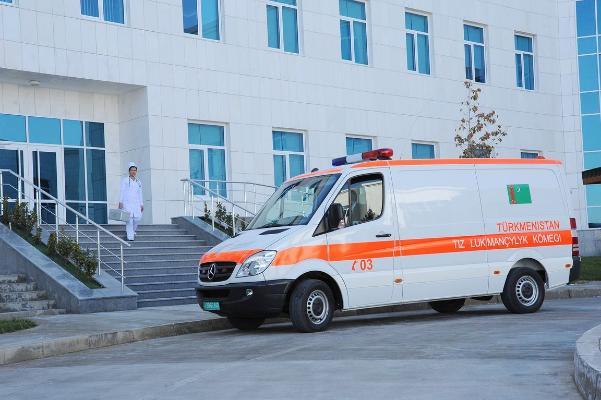 Türkmenistanda tiz kömek gullugyny çagyrmak üçin «112» we «911» belgileri synag ediler