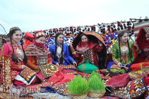 23 марта объявлен в Туркменистане выходным днем в честь празднования Новруз байрамы