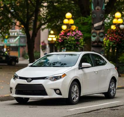 Названы самые дорогие марки автомобилей на мировом рынке