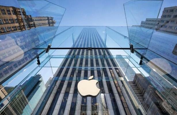 Apple заработала больше нефтяной компании Saudi Aramco