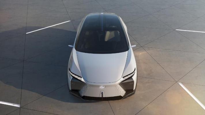 «Lexus» представил в одном концепт-каре ряд будущих моделей