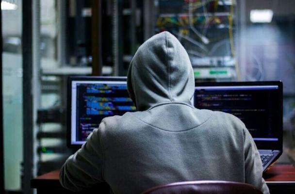 Хакеры взломали личные данные более полумиллиарда пользователей Facebook
