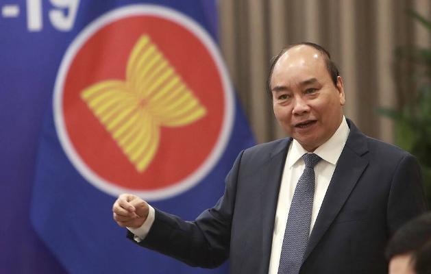 Бердымухамедов поздравил Нгуен Суан Фука с избранием на пост президента Вьетнама