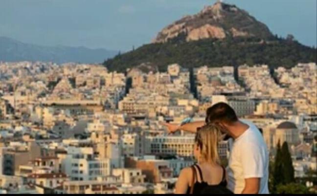 Греция обнародовала правила для отдыха в новом туристическом сезоне