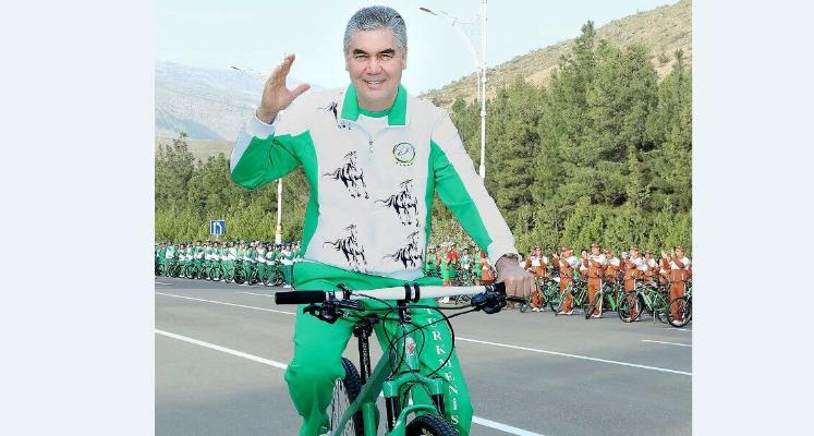Türkmenistanda köpçülikleýin welosiped ýörişi geçirildi