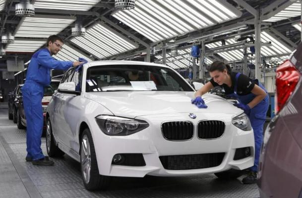 BMW taryhyndaky rekord satuwy gazandy