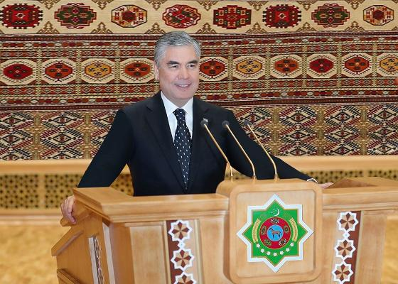 Döwletliligiň taryhynda täze gün: Türkmenistanyň Milli Geňeşiniň ilkinji maslahaty geçirildi