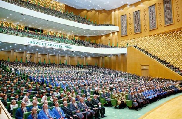 Избраны руководители комитетов Халк Маслахаты Милли Генгеша Туркменистана