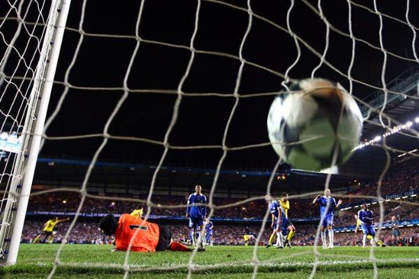 UEFA indiki möwsümde myhmançylykdaky gol düzgünini üýtgetmegi meýilleşdirýär