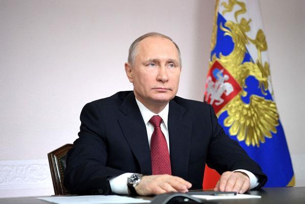 Wladimir Putin 2020-nji ýylda, takmynan, 10 million rubl gazandy