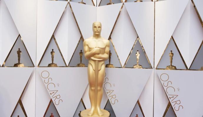 На церемонии вручения Оскара гостям разрешат не надевать маски