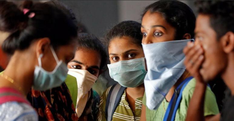 Britaniýa Hindistana gyssagly kömek iberdi