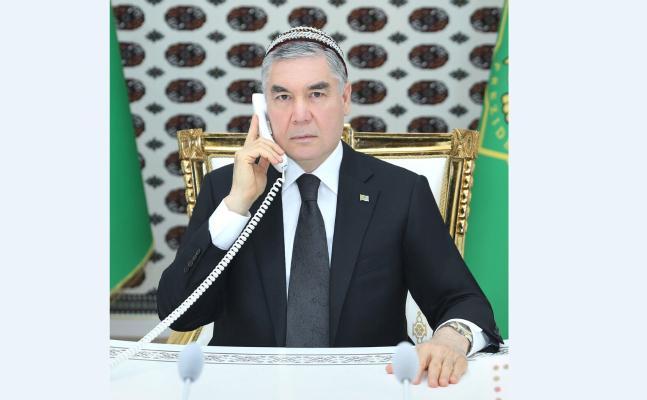 Туркменский лидер обсудил с таджикским коллегой широкий спектр межгосударственного сотрудничества