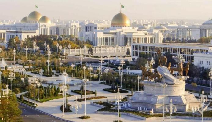 Президент Бердымухамедов провёл видеовстречу с руководителями иностранных компаний