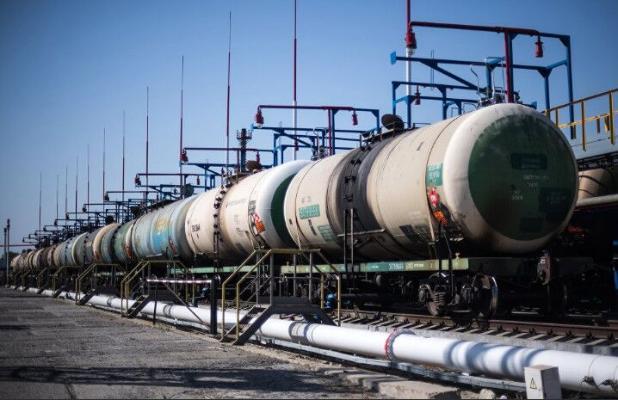 Türkmenistan 4 aýda RF-niň üsti bilen 641 müň tonna nebit eksport etdi