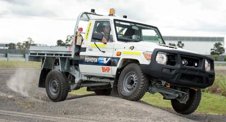 Toyota elektrikli «Toyota Land Cruiser-i» tapgyrlaýyn öndürip biler