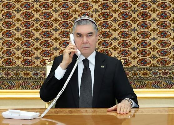 Türkmen Lideri Ýaponiýanyň Premýer-ministrini Türkmenistana sapar bilen gelmäge çagyrdy