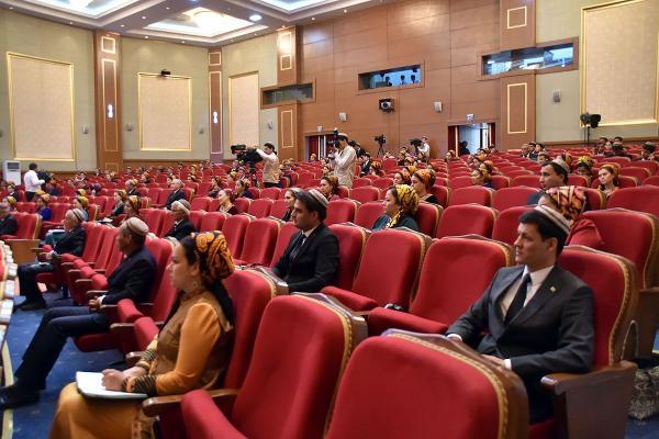 В ТГИКе состоялся международный форум, посвящённый Султану Санджару