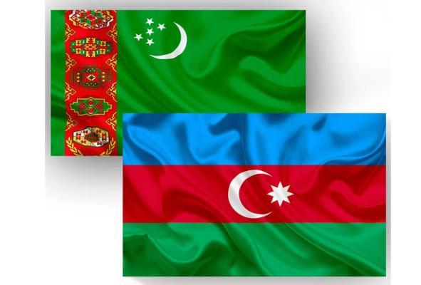 Türkmenistanyň Prezidenti azerbaýjan kärdeşini Respublikanyň güni bilen gutlady