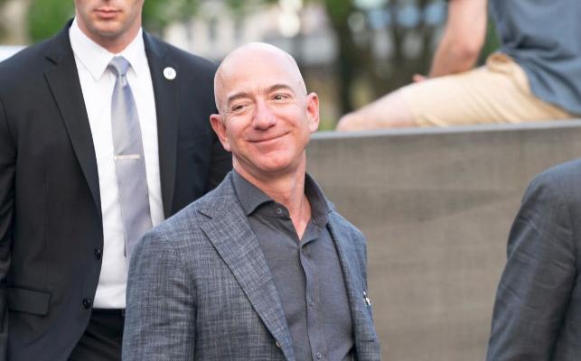 Джефф Безос собирается покинуть пост гендиректора Amazon 5 июля