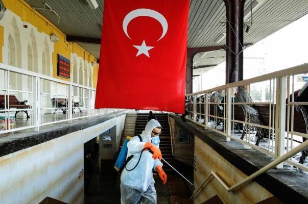 В Турции приступили ко второму этапу ослабления ковид-ограничений