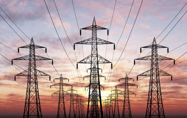 Иран на фоне дефицита электроэнергии начал импортировать ее из Туркменистана