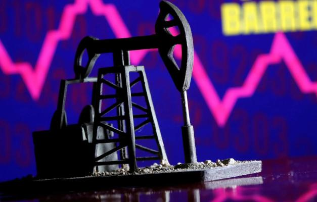 Цена нефти Brent впервые за два года поднялась выше $70 за баррель