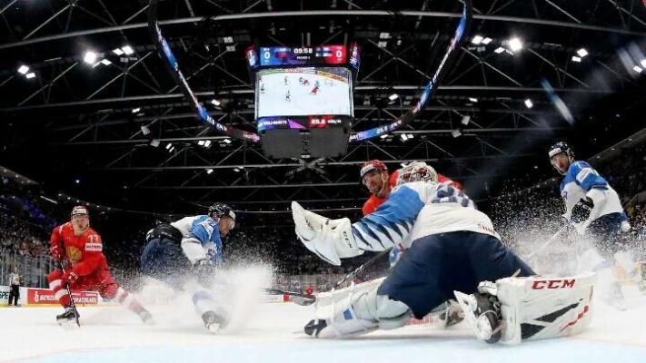 В финал Чемпионата мира по хоккею вышли Финляндия и Канада