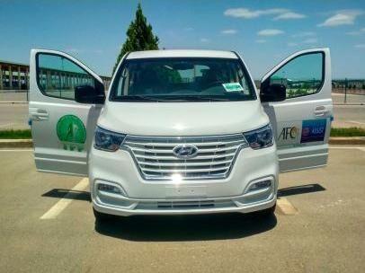 Федерация футбола Туркменистана получила автомобиль Hyundai H1 в рамках программы UEFA Assist