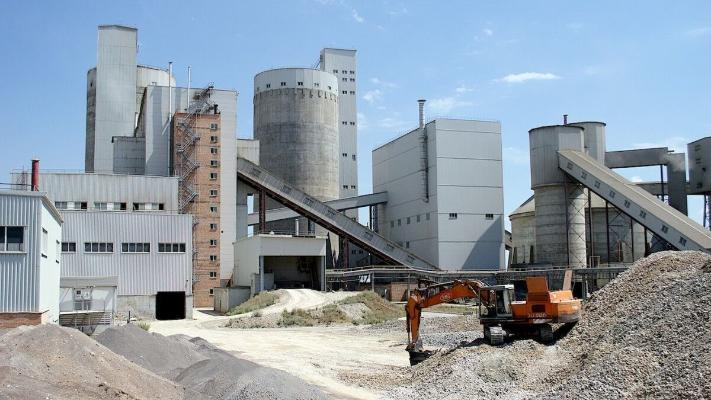 Концерн ThyssenKrupp поставит в Туркменистан оборудование для цементного завода