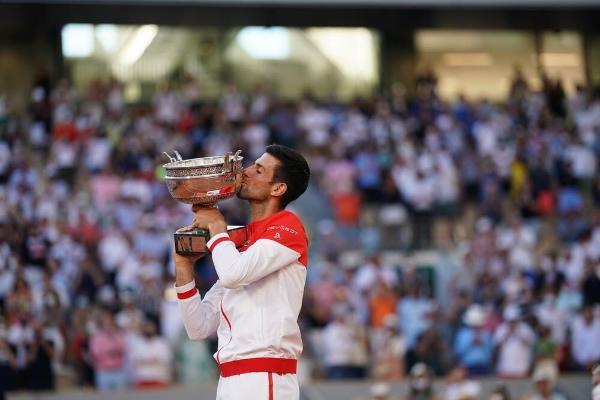 """Nowak Jokowiç ikinji gezek """"Roland Garros""""-yň ýeňijisi boldy"""