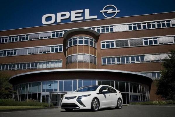 Opel, Peugeot, Citroen и ряд других марок отказались от участия в главном автосалоне Германии