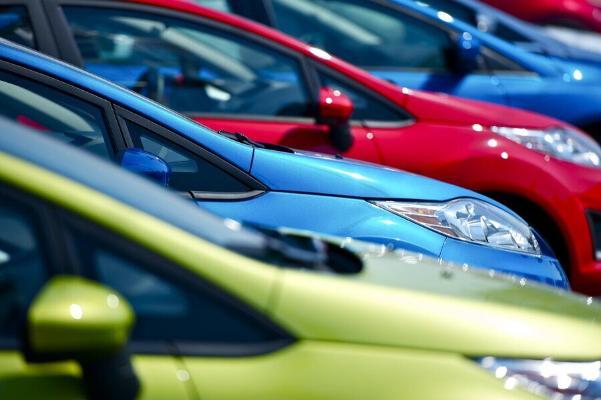 Названы самые популярные цвета автомобилей среди женщин