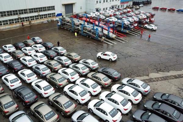 Porsche hytaý bazaryndan 1 müň 571 awtoulagyny yzyna alar