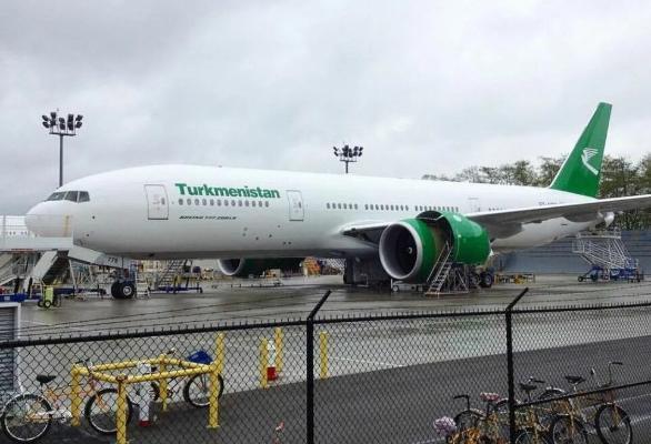 «Туркменские авиалинии» получили еще один авиалайнер «Boeing 777-200LR»