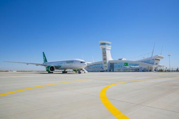 В Керки открылся новый международный аэропорт
