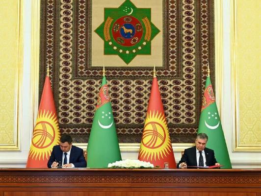 Türkmenistan güýz-gyş möwsüminde Gyrgyzystana tebigy gazyny we elektrik energiýasyny iberer