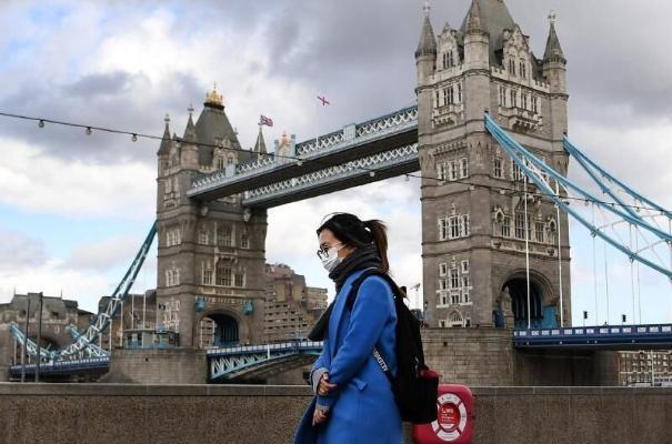 Власти Великобритании решили полностью отменить все коронавирусные ограничения