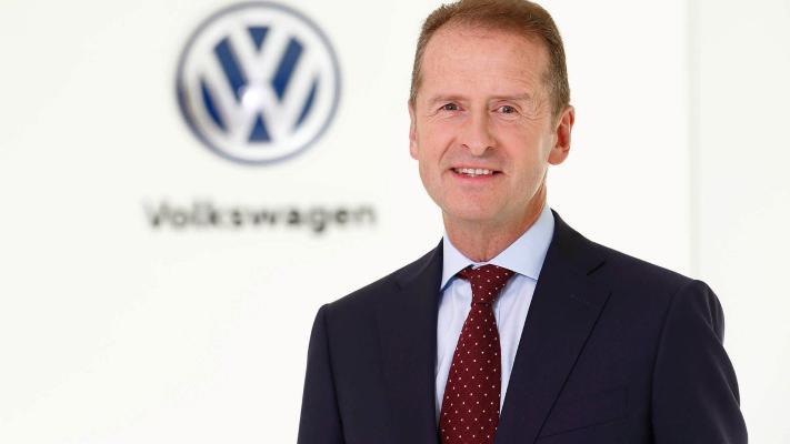 Gerbert Diss 2025-nji ýyla çenli Volkswagen-iň baş direktory wezipesinde galar