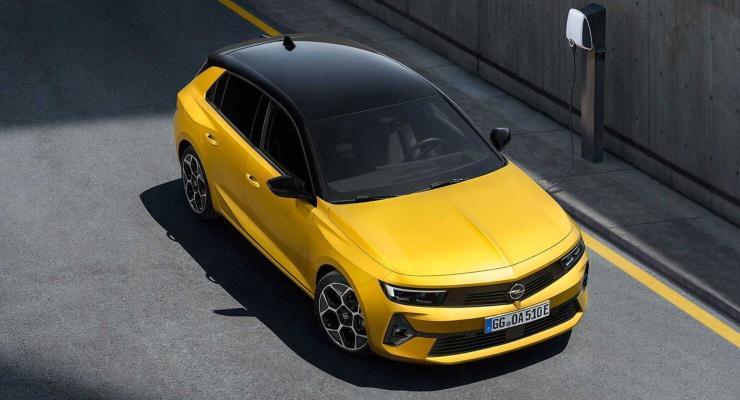 Opel täze nesil Astra heçbegini tanyşdyrdy