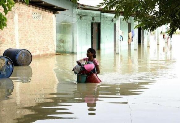 Почти 140 человек стали жертвами мощных ливней на западе Индии