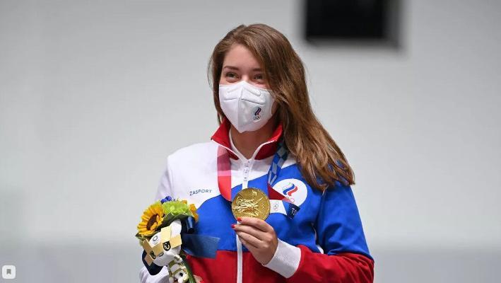 Witalina Basaraşkina sapançada atmakda Olimpiýa oýunlarynyň çempiony boldy