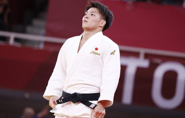 Японец Абэ стал олимпийским чемпионом по дзюдо спустя полчаса после победы его сестры