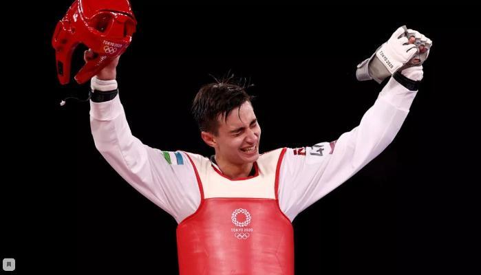 Тхэквондист из Узбекистана завоевал золото Олимпиады в весе до 68 кг