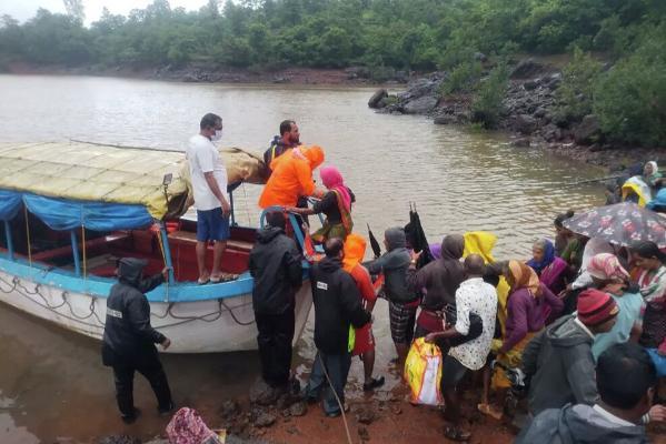 Президент Бердымухамедов выразил соболезнования лидерам Индии в связи с жертвами наводнении